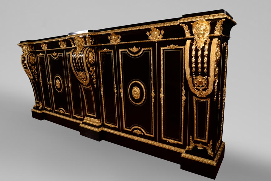 Alexandre BELLANGÉ - Important cupboard, ebony veneer and gilded bronze, coming from the Chateau of Dampierre_ru